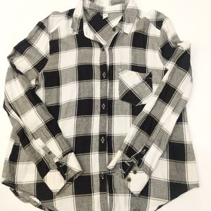EUC Women's BP Plaid Flannel Size Small